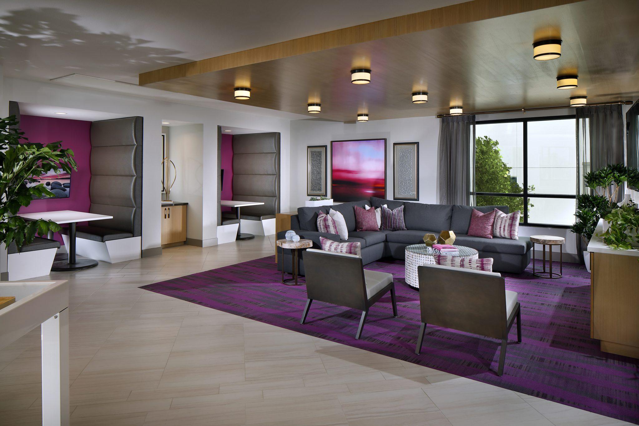 Parisi-VDO-Lounge.jpg