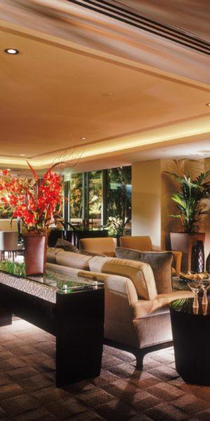 Plaza Irvine_clubroom (2)